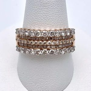 Gorgeous 1.5 carat 14k rose gold diamond ring
